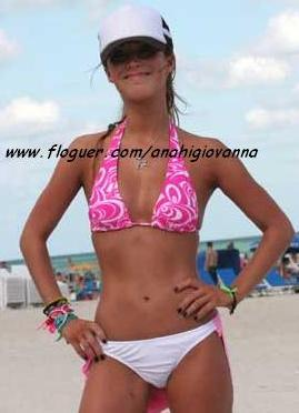 ANAHÍ GIOVANNA - Yo día en la playa. e1a609142